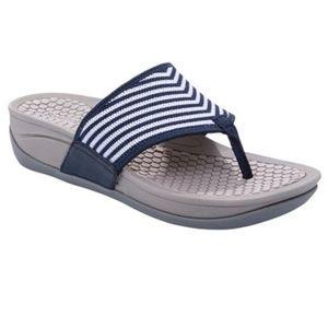 Baretraps Navy Striped Dasie Sandals Size 8